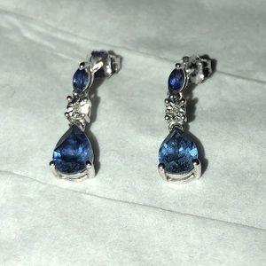 Jewelry - Sapphire earrings
